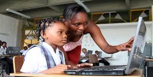 Cómo combatir la pobreza con las TIC